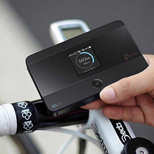 TP-Link mobiler 4G/LTE MiFi Dualband-WLAN-Router (LTE Cat.4 150Mbit/s, 2000mAh interner Akku, LCD-Display, SIM-Kartensteckplatz, microSD-Kartenslot, Ohne Ladegerät)